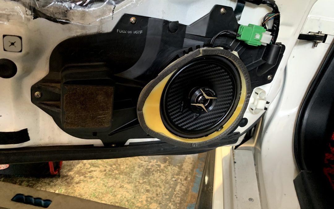 RX-7にカーオーディオは必要だよね