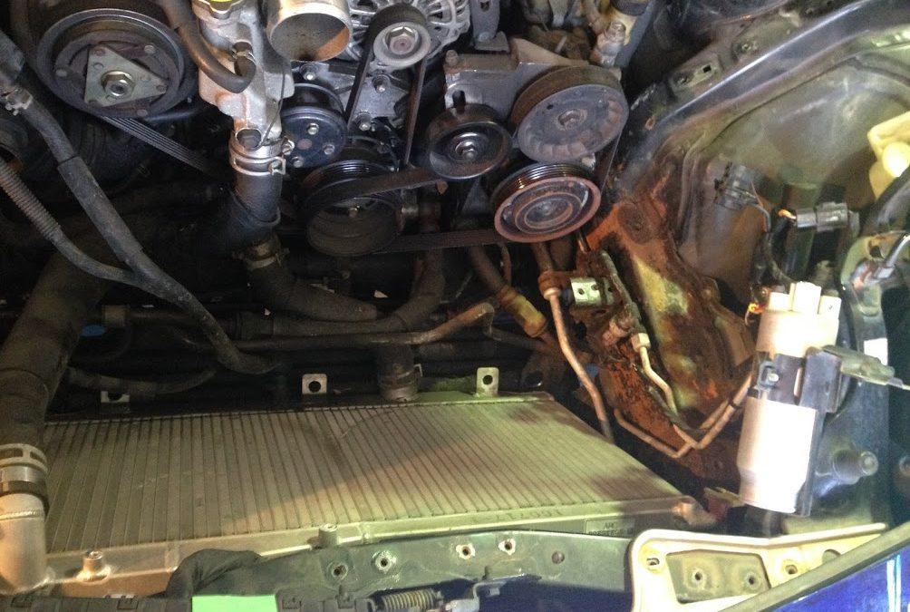 バッテリー 液漏れが錆を起こして修理