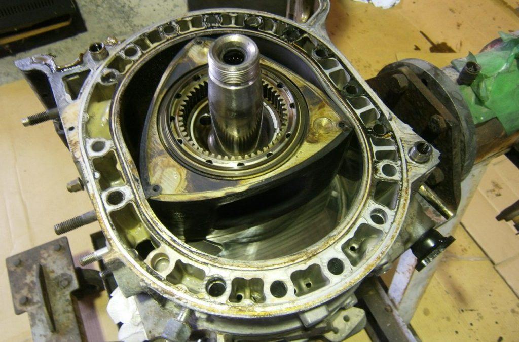 10万km走行のエンジン カーボンの発生量とは?